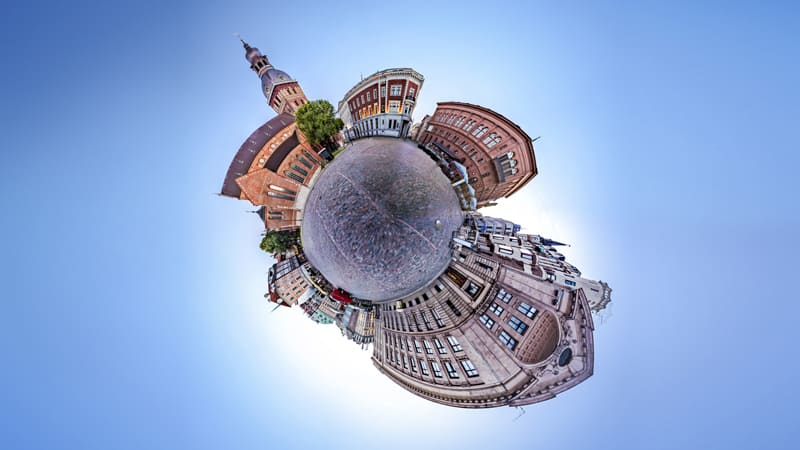 360 Video 'Tiny Planet' effect